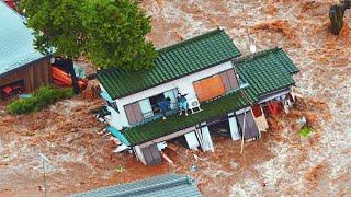 Over 1000 houses have been flooded! Flood hits 26 villages in Malaka, Indonesia.
